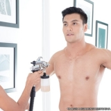 bronzeamento artificial homem Miguel Mirizola
